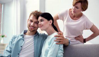 Свекровь подговаривает мужа сделать тест ДНК нашему сыну. Боюсь результата, так как есть грешок
