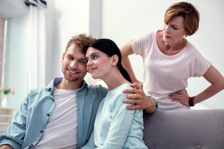 Свекровь подговаривает мужа сделать тест ДНК нашему сыну. Боюсь результата, так как есть грешок.