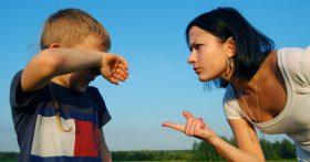 Нелегкий выбор, но муж должен его сделать: если у нас останется его сын от первого брака, то уйду я