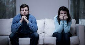 После развода родители соревнуются, кто быстрее наладит новую личную жизнь. Как им объяснить, что это смешно и глупо?