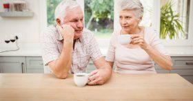 Дочь с внуком живут с нами в двушке. Мы пенсионеры, уже сил нет от крика и шума. Как разъехаться без войны?