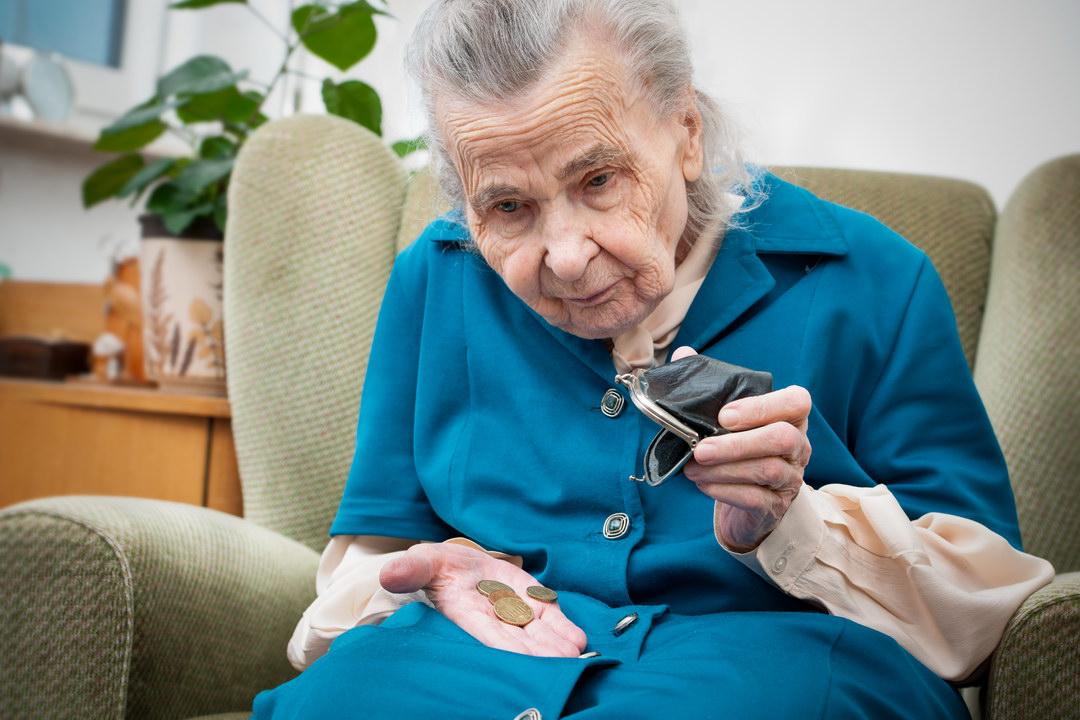 Быстро невестка забыла добро: жили у меня как в санатории, а как вышла я на пенсию, то сразу бюджеты разделили