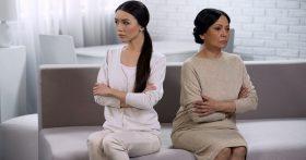 Бабушка недовольна внуками: они ей неродные. Зачем так унижать меня и приёмных детей. В чем мы виноваты?