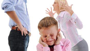 Сын с новой женой живут у меня. Невестка скандалит, когда приходит внук от первого брака. Что с этим делать?