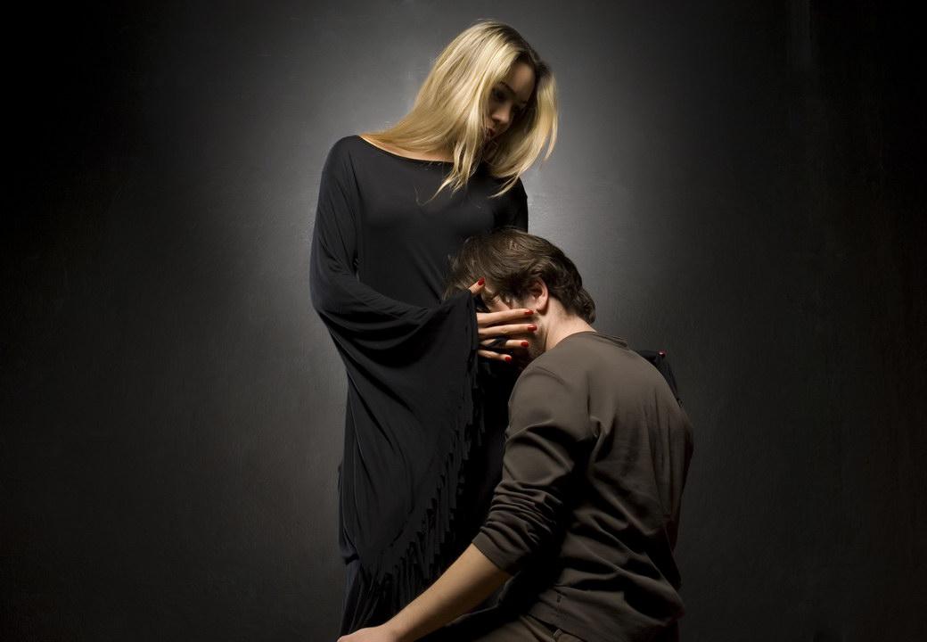 Все имеют право на ошибку - развелись и снова поженились. Но родители не верят, что наша семья будет счастлива