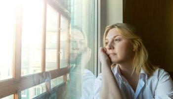 У меня хороший муж, он много для меня сделал, но я полюбила другого. Как поступить: страдать самой или обидеть мужа?