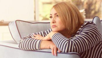 Бывшая свекровь через 10 лет после развода пытается свести меня снова со своим сыном. Зачем?