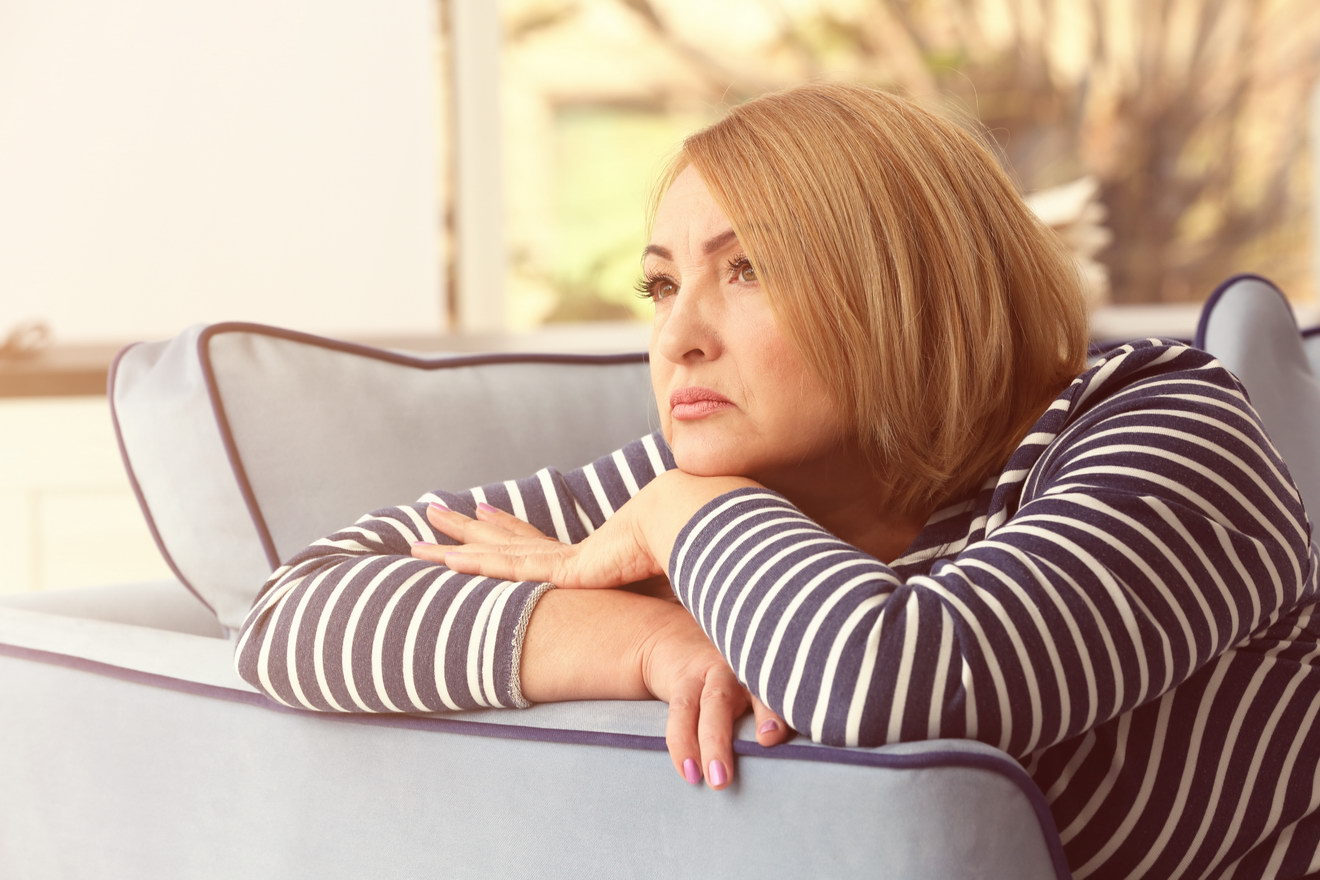 Бывшая свекровь через 10 лет после развода пытается свести меня снова со своим сыном. Детей у нас нет, зачем?