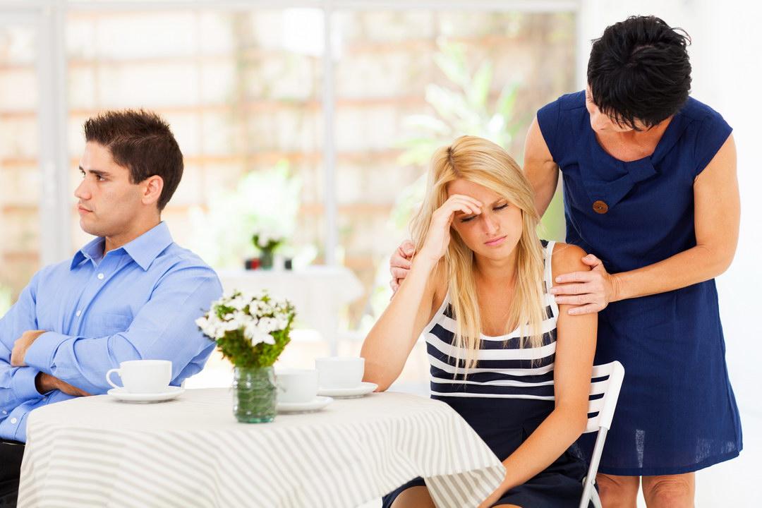 Теща отравляет мою жизнь и настраивает против меня жену. Зачем? Чтобы у нас в семье все было плохо?