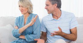 Свекровь разрушила брак подруги, выставив её в дурном свете, прошло время и супруг хочет вернуться. Что делать?