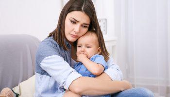 Муж постоянно говорит о детях от первого брака, а нашего сына для него не существует. Как дать понять, что мы важнее?